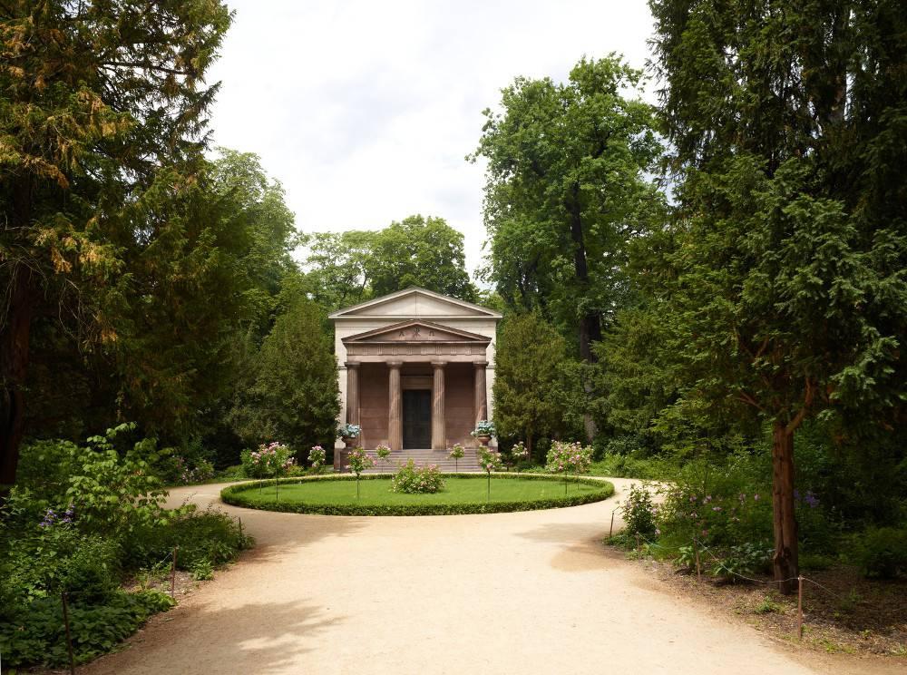 Museum Mausoleum In Charlottenburg Palace Park Museumsportal